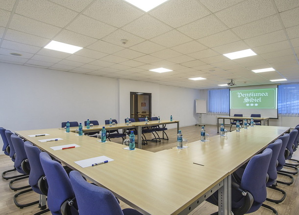 Foto Sala de Conferinte